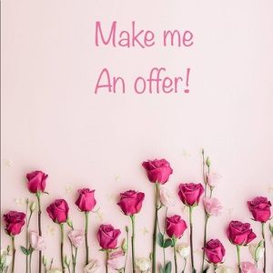 🌸Accepting reasonable offers!🌸